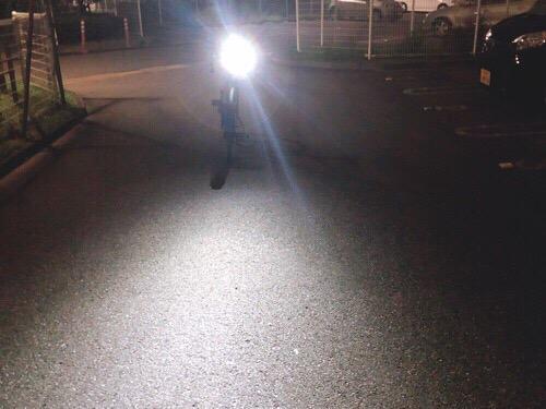 ATARAXIA自転車ライトの対向車から見た明るさ
