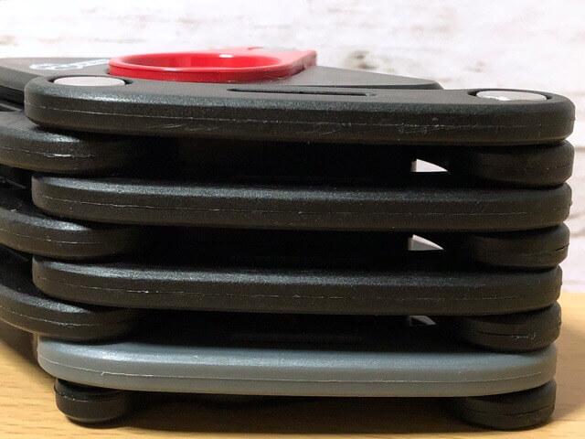 PAWブレードロックは5,7mmの厚焼入鋼鉄プレート